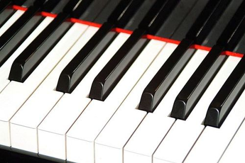 111414---Grand-Piano-Keyboardweb_Full